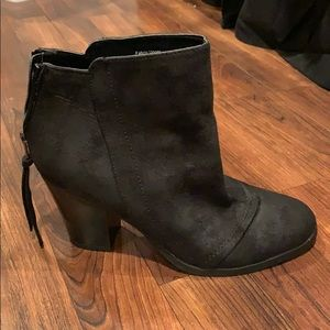 Suede boots, size 7.5